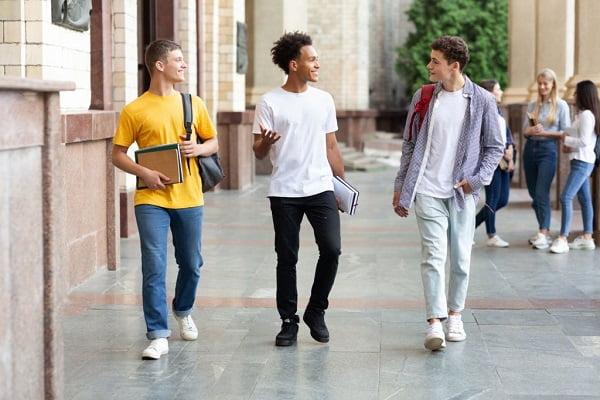 انصراف از دانشگاه روزانه