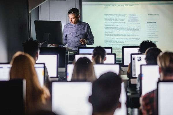 دانشگاه های دارای رشته مهندسی کامپیوتر