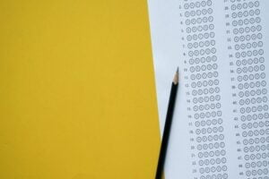 نمونه سوالات آزمون وکالت