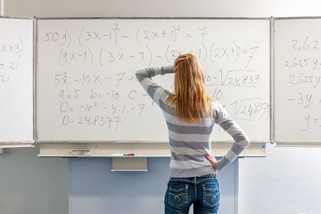 ۱۲ تکنیک طلایی رتبه ها ترفند حل ساده تست های ریاضی