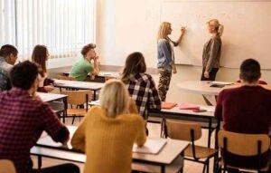 دانش آموزان موفق چه دانش آموزانی هستند؟