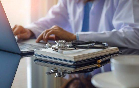 معرفی درآمد ، آینده و بهترین تخصص های پرشکی