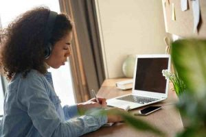 چرا سایت آموزش مجازی دانشگاهیان باز نمیشه؟